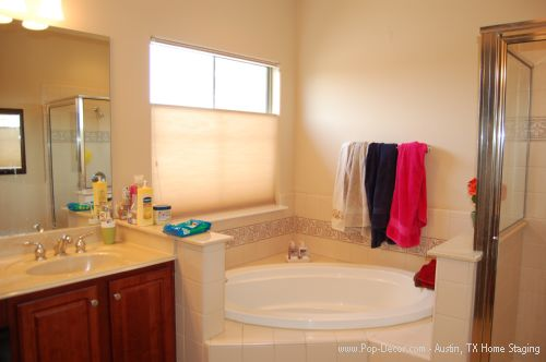 Austin Home Staging Before Picture of Bathroom